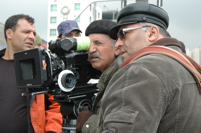 images/stories/esmael barari director  mojtaba rahimi camera on set up of the twelve chairs.jpg